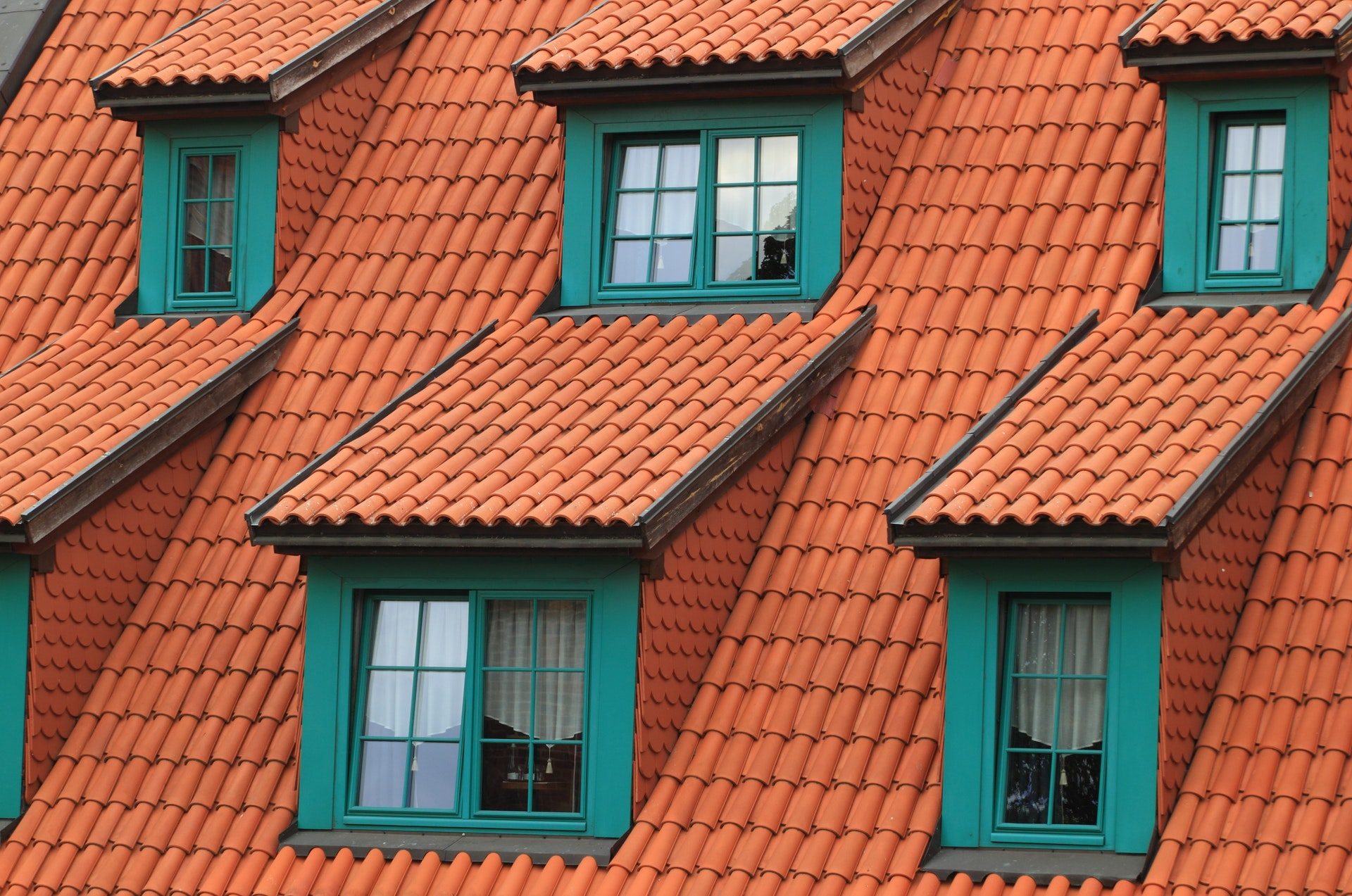 What Is Commercial Roofing?